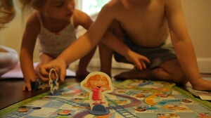 Pete and Sophie play Chutes and Ladders